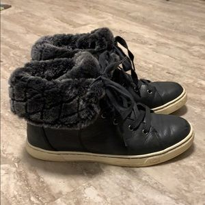 UGG sneakers size 8